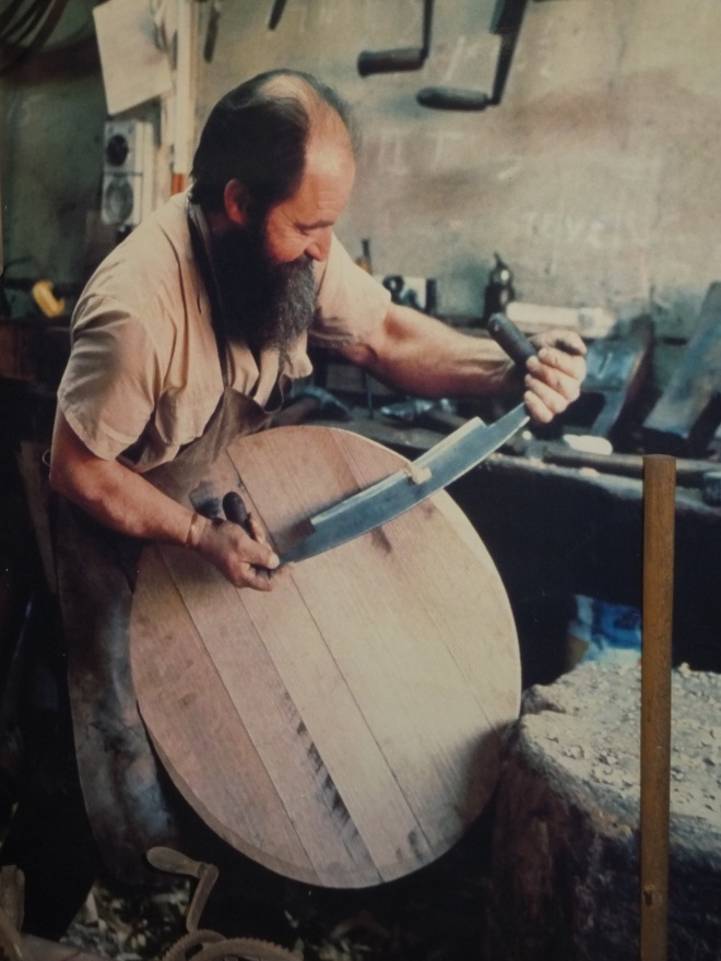 Barrel maker