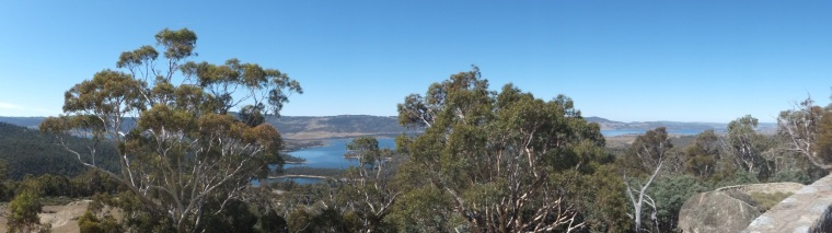 Panoramic view of Lake Jindabyne